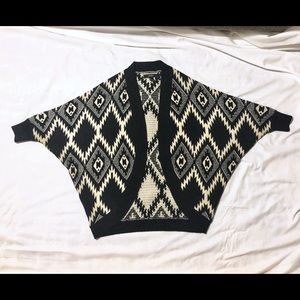 Forever 21 knit Dolman Sweater 3/4 sleeves tribal